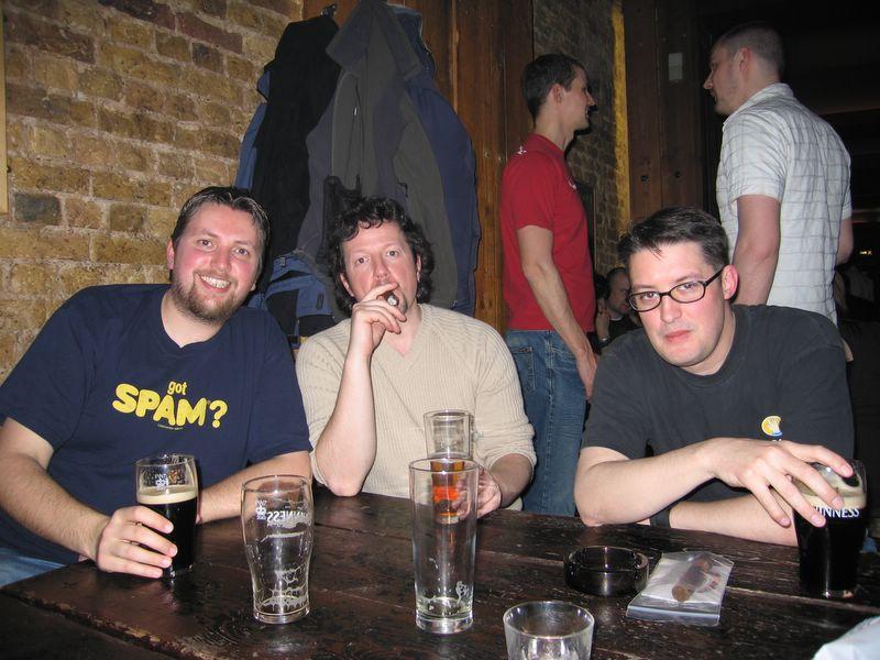 Mike, Jon, Str0ud